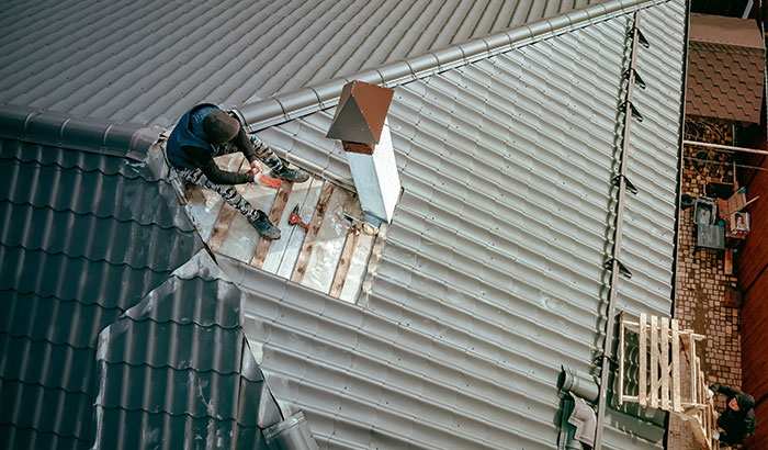 DIY Roof Repair: 3 Reasons Why You Should Never Do It